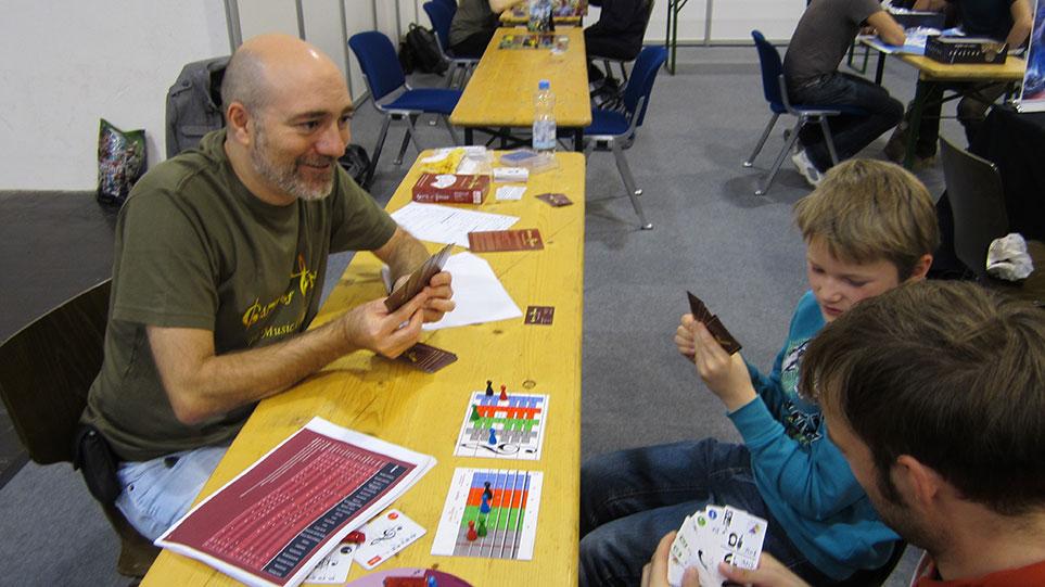 Niños jugando  a Juego de Tonos